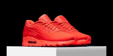 nike-air-max-90-ultra-moire-bright-crimson-02