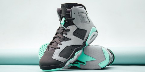 air-jordan-6-retro-green-glow-1