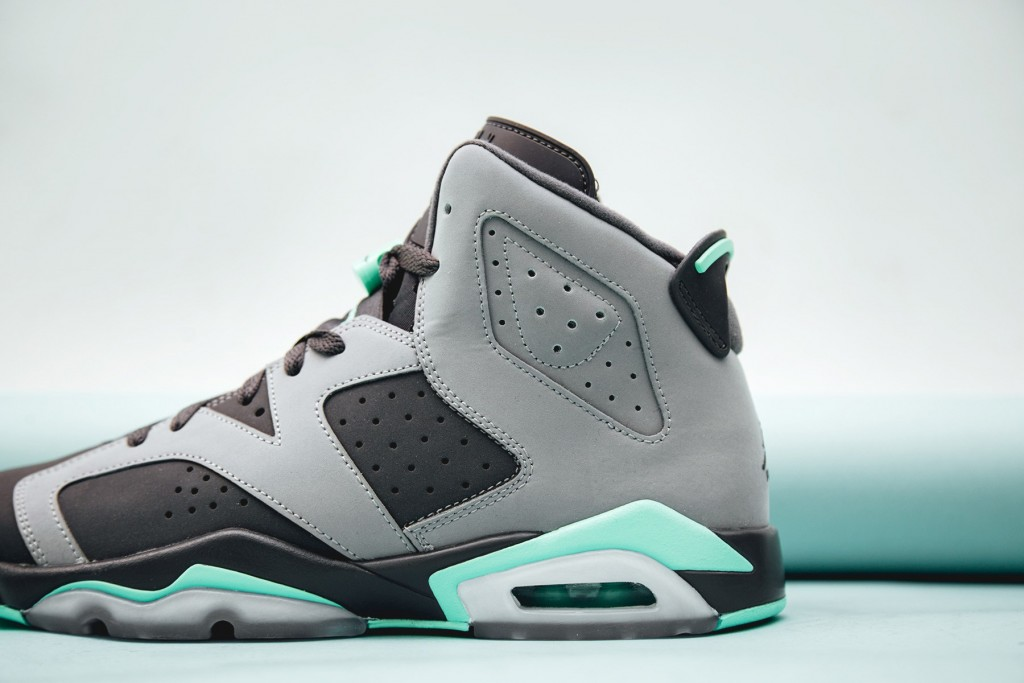 air-jordan-6-retro-green-glow-2