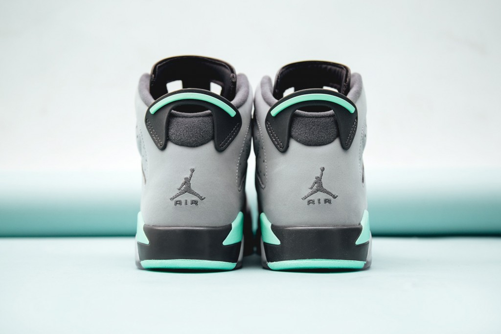 air-jordan-6-retro-green-glow-5