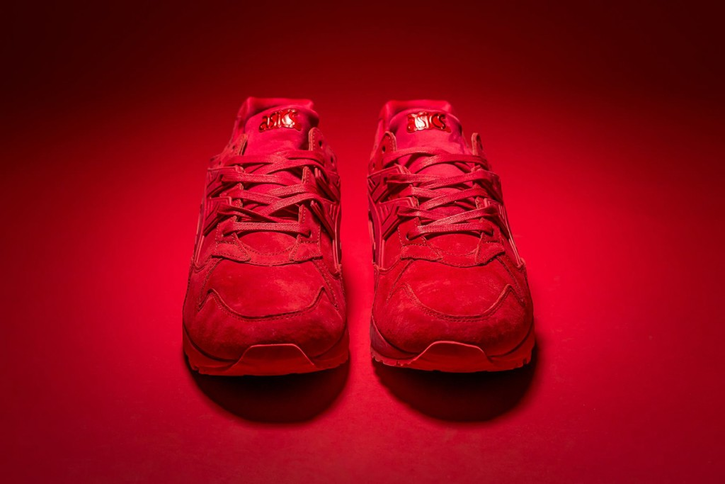 packer-shoes-asics-gel-kayano-triple-red-03