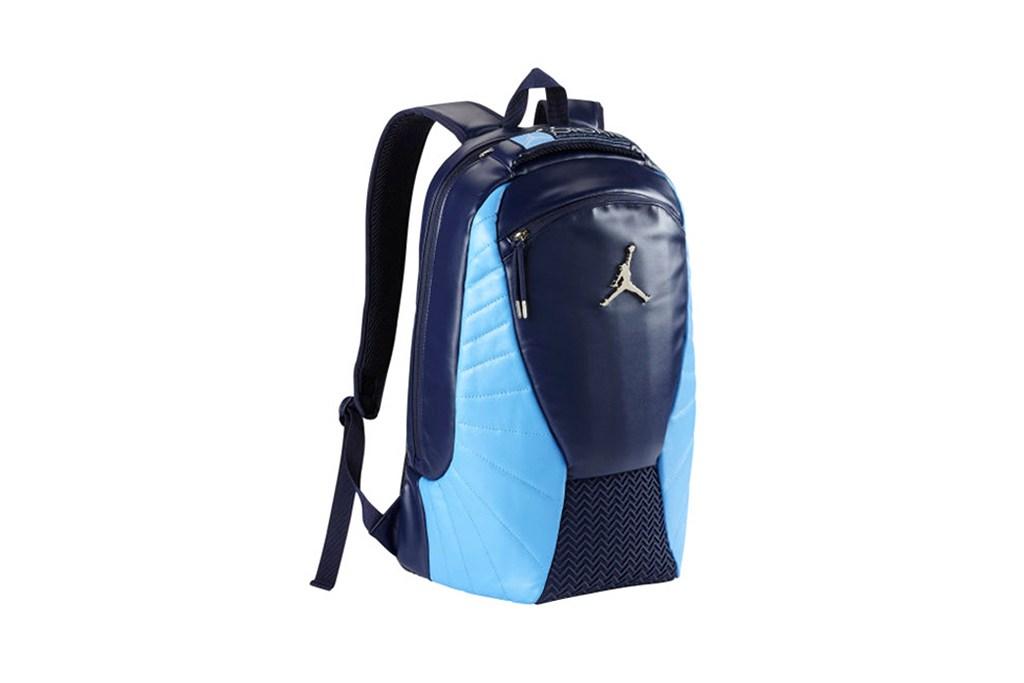 0ec360de070 Un sac à dos Inspiré par la Air Jordan 12 – UNDERSTAR