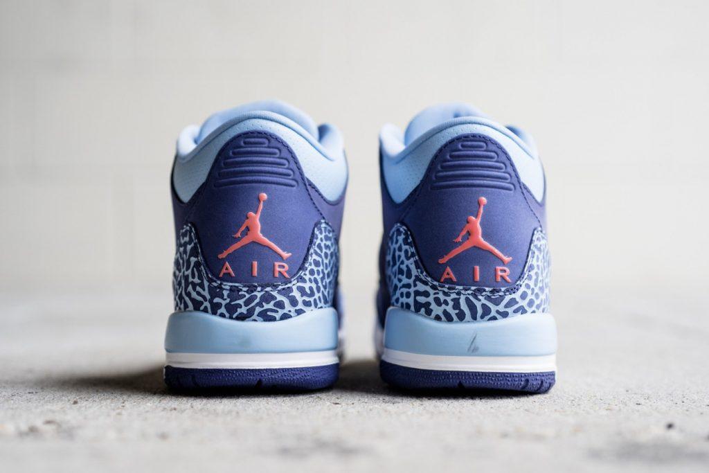air-jordan-3-gs-dark-purple-dust-3