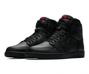 http---hypebeast.com-image-2017-05-air-jordan-1-retro-high-og-triple-black-2