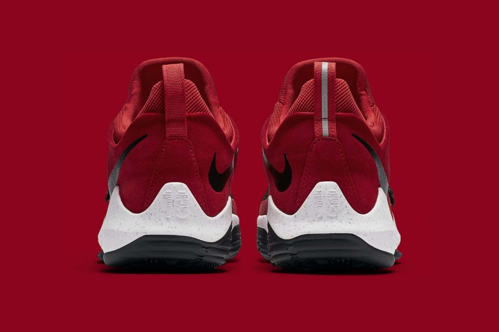 http-hypebeast.comimage201708nike-pg-1-university-red-4